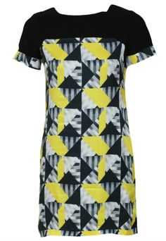 Beautiful asimetric dress with geometric print