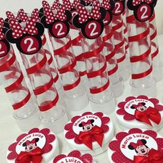 Minnie vermelha para os 2 aninhos da Maria Luiza!!! #papelariapersonalizada…