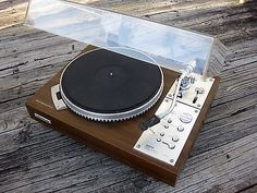 Super Clean Vintage Pioneer PL-570 Direct Drive Stereo Turntable