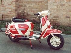 Mrb Mod Scooter, Lambretta Scooter, Scooter Motorcycle, Vespa Scooters, Motor Scooters, Sidecar, Motown, Design Thinking, Amazing Cars