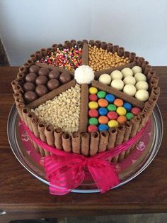 Chocolate birthday cake with a wheel of treats on top. Mouth-wateringly scrumpti… Chocolate birthday cake with a wheel of treats on top. Torta Candy, Candy Cakes, Cupcake Cakes, Birthday Cake Decorating, Cake Decorating Tips, Cake Decorating Amazing, Chocolate Bar Cakes, Chocolate Birthday Cake Kids, Birthday Treats