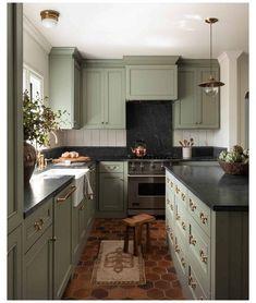 Sage Green Kitchen, Green Kitchen Cabinets, Painting Kitchen Cabinets, Kitchen Paint, Kitchen Reno, Kitchen Colors, New Kitchen, Kitchen Ideas, Kitchen Backsplash