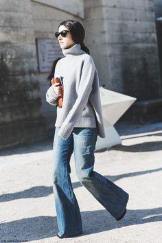 Denim trend - flared jeans