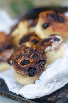 Blueberry Crumpets / Karen E. Hartford House, Midland Meander, Crumpet Recipe, Artisan Food, Crumpets, Country Cooking, Banana Bread, Blueberry, English Style