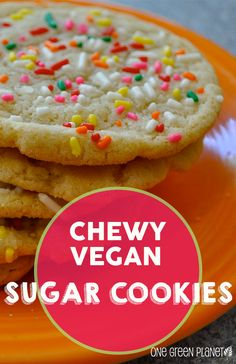The best Chewy Vegan Sugar Cookies Healthy Vegan Dessert, Coconut Dessert, Oreo Dessert, Vegan Dessert Recipes, Vegan Treats, Vegan Foods, Vegan Snacks, Vegan Dishes, Healthy Recipes