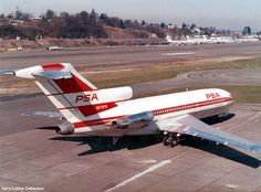 Boeing 727 - taxiiing at Boeing Field. Boeing 727, Boeing Aircraft, Boeing Planes, Us Airways, Vintage Airline, History Page, Southwest Airlines, Commercial Aircraft, Aviation Art