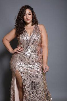Plus Size Elegant Sequin Maxi Big Girl Fashion, Curvy Women Fashion, Plus Size Fashion, Womens Fashion, Pink Clubwear, Very Beautiful Woman, Sequin Maxi, Curvy Models, Plus Size Beauty