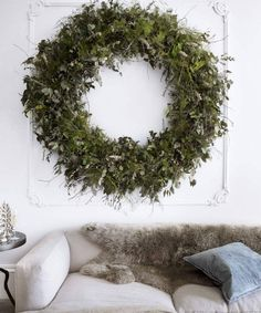 Giant wreath in the living room