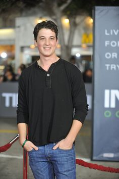 miles teller willard from footloose and divergent The Spectacular Now, Miles Teller, Book People, Country Music Singers, Famous Stars, Hot Actors, Awkward Moments, Dream Guy, Celebs