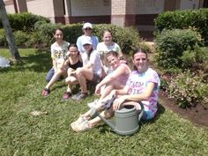 Girl Scouts graffiti library - Graffiti penta, that is, one of three different flower varieties members of Junior Girl Scout Troop 9377 planted at the Atascocita Library to earn their Bronze Award.