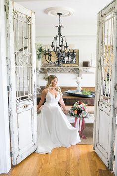Franklin wedding cottage #realwedding #weddingdress #weddingstyle #weddinginspiration #weddingcolors #weddingphoto #bride