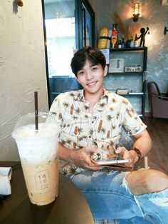 Oh my lord. I love legs with hair ! I Want Him, I Need You, U Prince Series, Cute Asian Guys, Acting Career, Asian Men, Boyfriend Material, Ulzzang, Actors & Actresses