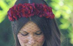 DIADEMAS flores rojas - Buscar con Google