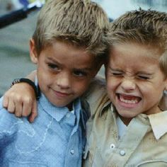 Dylan & Cole Sprouse = cutest babies since ever