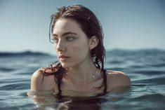 Amelia Zadro as Ember-Rae Water Photography, Portrait Photography, Amelia Zadro, Photographie Portrait Inspiration, Water Shoot, Jolie Photo, Photo Instagram, Photo Reference, Photography Tricks