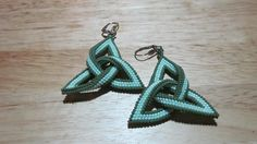 Celtic knot, tubular peyote stitch earrings, pattern from Bead & Button magazine, Oct. 2014