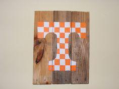 UT Vols Reclaimed Wood Pallet Art Sign University by thecozyloft, $28.00