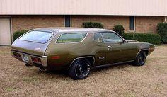 Classic Mopar. Classic custom  Car Art&Design @classic_car_art #ClassicCarArtDesign