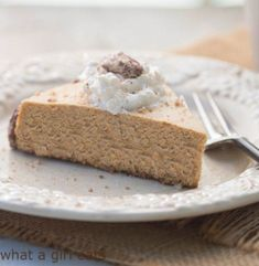 Gluten-free Pumpkin Spice Cheesecake with Bourbon-Maple whipped cream and sugared pecans is a delicious Fall dessert recipe. Pumpkin Pie Cheesecake, Cheesecake Recipes, Cookie Recipes, Brownie Cheesecake, Recipe Using Pumpkin, Pumpkin Recipes, Fall Dessert Recipes, Fall Desserts, Thanksgiving Recipes