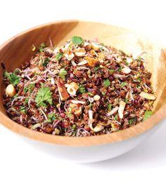 QUINOA & ZWARTE RIJST SALADE Veganistisch Granen vormen een mooie basis voor een voedzame maaltijd en kunnen heel goed verwerkt worden in een salade. Deze salade met quinoa en zwarte rijst is niet...