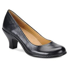 a497d4a33e8 A great option for comfy office shoes! Business fashion - Softspots Salude