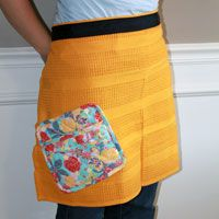 Need a quick gift that has homemade flair? Make a towel apron! It's perfect for birthdays, bridal showers or holidays! Photo by Stephanie Staton
