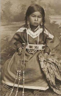 nez perce tipi   Nez Perce girl - 1899