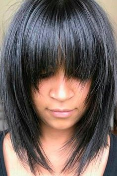 Awesome full fringe hairstyle ideas for medium hair 31