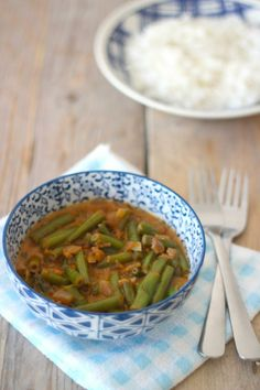 Photo by Lekker en Simpel Veggie Recipes, Indian Food Recipes, Asian Recipes, Real Food Recipes, Dinner Recipes, Vegetarian Cooking, Vegetarian Recipes, Healthy Recipes, Healthy Food