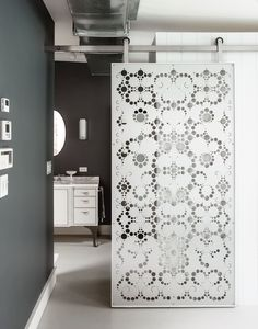 Fabulous lace cut door