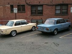 Parked next to a late model 1502 yesterday - '02 General ...