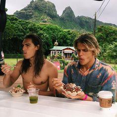 What would you do if you had no fear❓  Kauai, Hawaii  -->Koa_smith@yahoo.com Follow for follow, pin for pin!