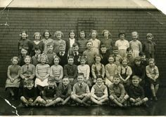 An information site for Wigan folk and ex-pats includes forums, pictures, news and more. Old Photos, Manchester, Bridge, Folk, Album, History, Pictures, Art, Antique Photos