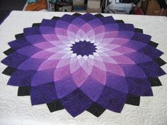 Dahlia quilts - Google Search | Quilt Therapy | Pinterest