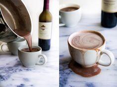 varm-choklad-med-rodvin-recept