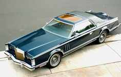 1979 Lincoln Continental Mark V 19 feet of 'get the hell out of my way'