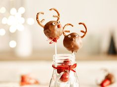 Niedliche Rentier-Cake-Pops zu Weihnachten