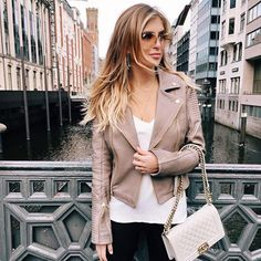 Obsessed with this grey-beige gold leather jacket  #ootd #Hamburg