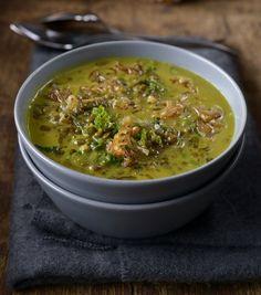Čočková polévka s kokosovým mlékem Recipies, Menu, Ethnic Recipes, Soups, Food, Recipes, Menu Board Design, Meal, Food Recipes