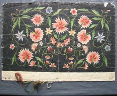 Skiss av 1800-talsbroderi, gjord på1900-talet. Hemslöjdens Samlingar