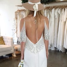 BRISBANE BRIDES We are @thebabushkaballerina tomorrow and Saturday and we are dying to meet you xx We only have a couple of spaces left for the whole weekend so get in quick  #nomadiclove  Email tbbvalley@gmail.com or call 07 3161 9554 xx