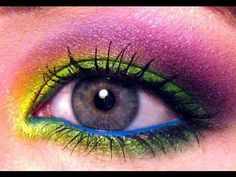 Wearable in Wonderland: The Mad Hatter eye makeup <3