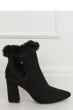 Mode Online, Heeled Boots, Evening Dresses, Booty, Handbags, Heels, Womens Fashion, Model, Sweaters