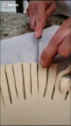 Pastry Design, Bread Art, Fire Food, Food Carving, Cake Decorating Videos, Pastry Art, Clay Food, Food Decoration, Food Crafts
