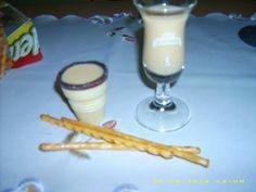 Rezept: Muh-Muh-Sahnelikör | Frag Mutti