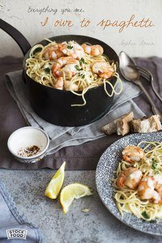 Spaghetti with prawns and lemon sauce | © StockFood | Veronika Studer | 11191924