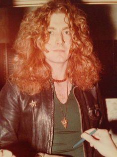 Stairway To Led Zeppelin Robert Plant Led Zeppelin, Robert Plant Young, Jimmy Page, John Bonham, John Paul Jones, I Robert, Rock Groups, Great Bands, Jimi Hendrix