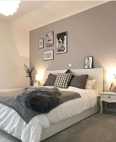 The best thing on Monday is when everything is done and you finally go to bed f - Einrichten und Wohnen - Schlafzimmer Room Ideas Bedroom, Bedroom Colors, Home Decor Bedroom, Modern Bedroom, Master Bedroom, Grey Wall Bedroom, Modern Teen Bedrooms, Light Gray Bedroom, White Bedroom Decor