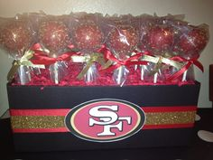 49er cake pops! 49ers Birthday Party, 50th Birthday, Birthday Parties, Birthday Ideas, Baby Shower Parties, Baby Boy Shower, 49ers Cake, Football Baby Shower, Sports Wedding