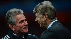 Arsenal 1-3 Bayern | Wenger esperanzado, Heynckes feliz. El entrenador del Arsenal Arséne Wenger y su homólogo en el Bayern, Jupp Heynckes. [19.02.13]